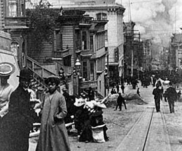 1906 Earthquake view of street