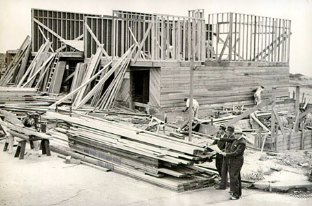 Houses in the Doelger Cluster Historic Distric under construction, 1938